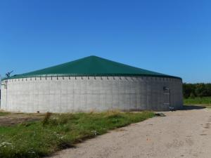 Silo blanket   A cost effective blanket that protects the environment against produced gases. In a gas retardant version the silo cover can be used for slurry storage, waste- or biogas installations.